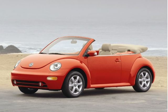 2012 volkswagen beetle lady bug pitches the flower vase goes butch gallery 2 the car connection. Black Bedroom Furniture Sets. Home Design Ideas