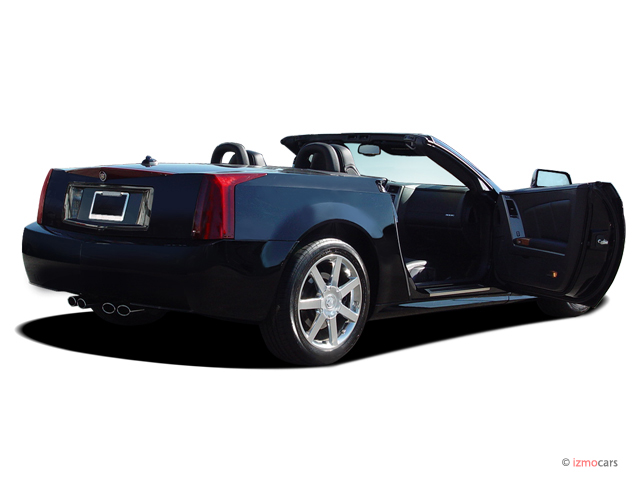 2005 cadillac xlr pictures photos gallery motorauthority. Black Bedroom Furniture Sets. Home Design Ideas