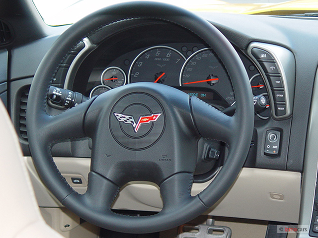 First Test: 2011 Chevrolet Corvette Z06 (MotorTrend) - Page 2