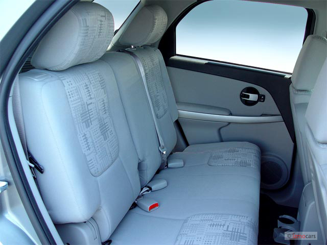2005 chevrolet equinox chevy pictures photos gallery the car connection. Black Bedroom Furniture Sets. Home Design Ideas