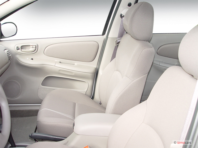 http://images.thecarconnection.com/med/2005-dodge-neon-4-door-sedan-sxt-front-seats_100283333_m.jpg