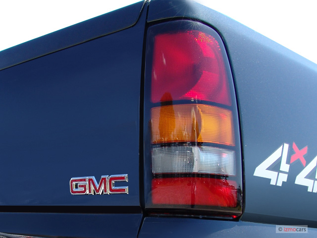 2005 gmc sierra tail light swap your other rides pics and videos. Black Bedroom Furniture Sets. Home Design Ideas