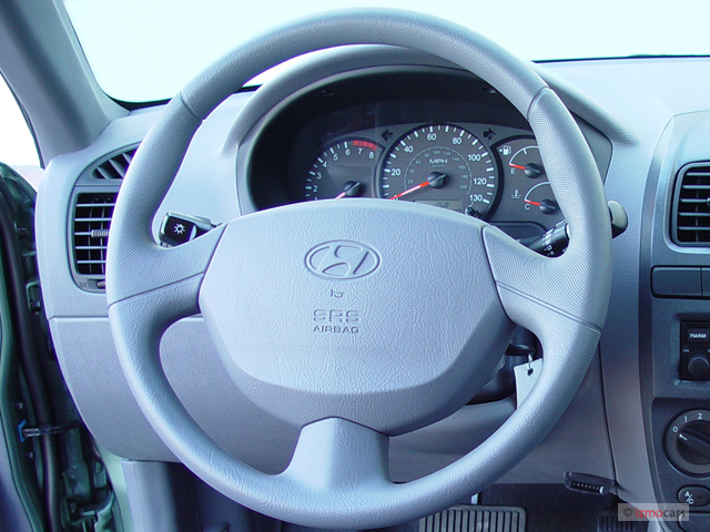 Image 2005 Hyundai Accent 3dr Hb Coupe Gt Auto Steering