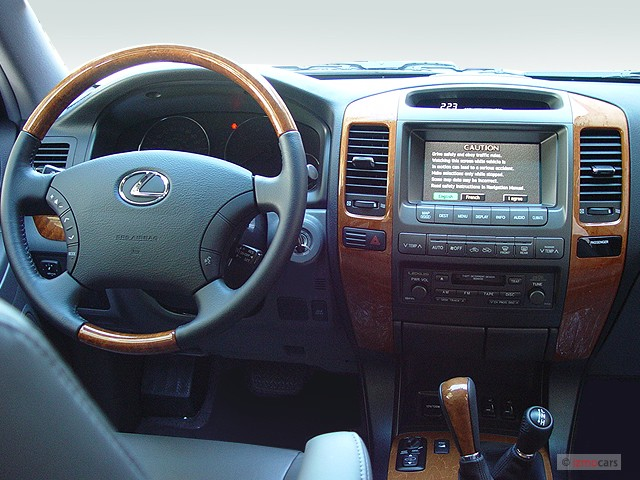2005 Lexus GX 470 4-door SUV 4WD Dashboard