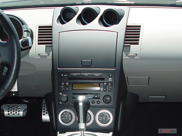 image 2005 nissan 350z 2 door coupe touring auto. Black Bedroom Furniture Sets. Home Design Ideas