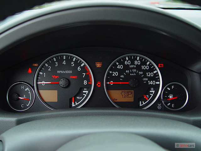 image 2005 nissan pathfinder le 4wd instrument cluster. Black Bedroom Furniture Sets. Home Design Ideas
