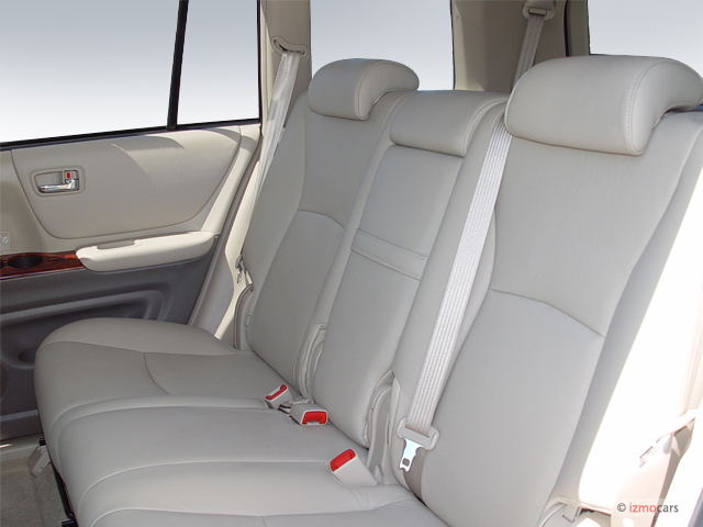 2005 toyota highlander pictures photos gallery the car connection. Black Bedroom Furniture Sets. Home Design Ideas