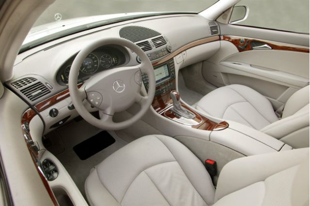 2005 mercedes benz e class page 1 review the car connection. Black Bedroom Furniture Sets. Home Design Ideas