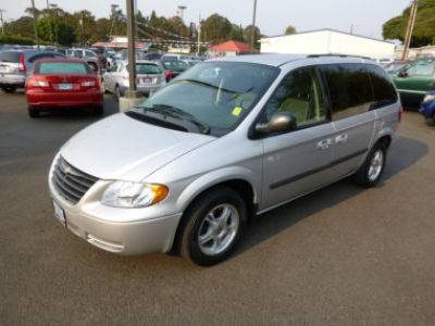 2006 chrysler town country review ratings specs prices and photos the car connection. Black Bedroom Furniture Sets. Home Design Ideas