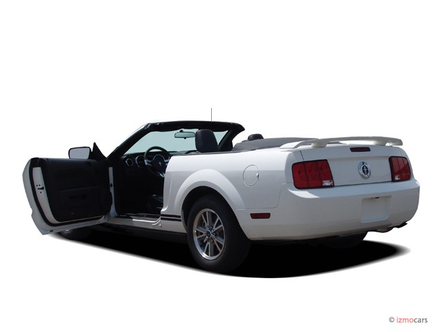 2006 ford mustang pictures photos gallery the car connection. Black Bedroom Furniture Sets. Home Design Ideas