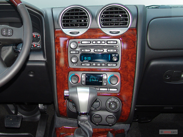 Instrument Panel - 2006 GMC Envoy 4-door 4WD Denali