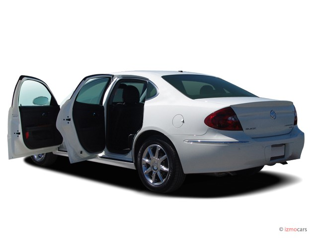 2007 Buick LaCrosse 4-door Sedan CXS Open Doors #8219760