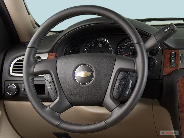 image 2007 chevrolet tahoe 2wd 4 door 1500 lt steering. Black Bedroom Furniture Sets. Home Design Ideas