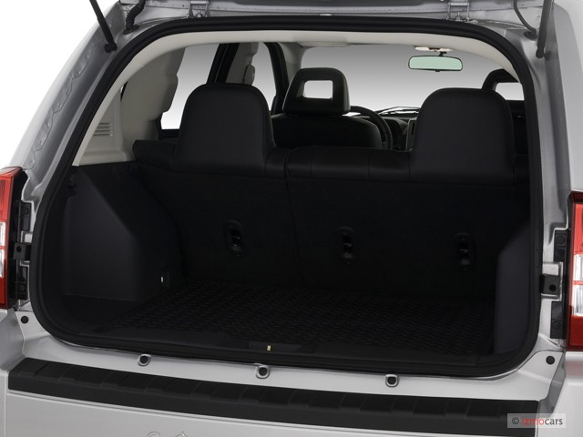 image 2007 jeep compass 2wd 4 door limited trunk size. Black Bedroom Furniture Sets. Home Design Ideas