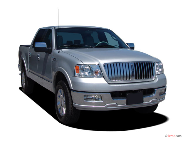 Angular Front Exterior View - 2007 Lincoln Mark LT 4WD Supercrew 139""
