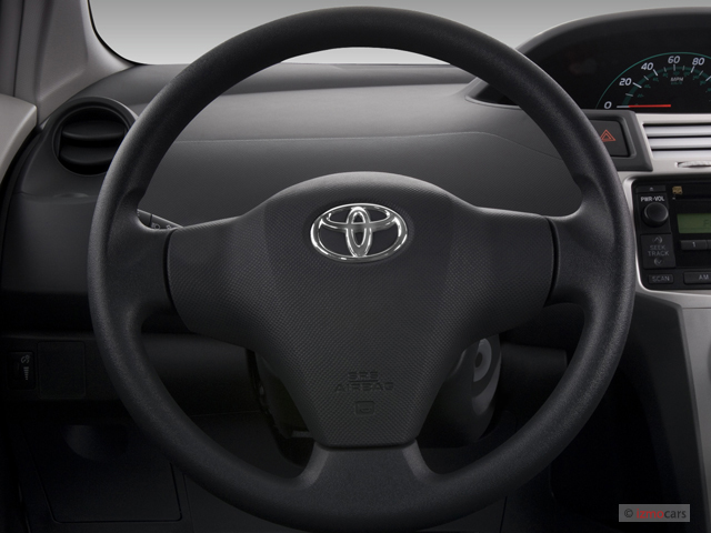 image 2007 toyota yaris 3dr hb man natl steering wheel. Black Bedroom Furniture Sets. Home Design Ideas