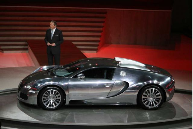 Bugatti veyron pur sang 01 on the auction block at top marques monaco