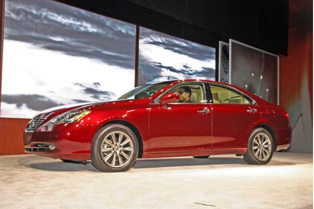 2007 lexus es 350 pictures photos gallery motorauthority. Black Bedroom Furniture Sets. Home Design Ideas