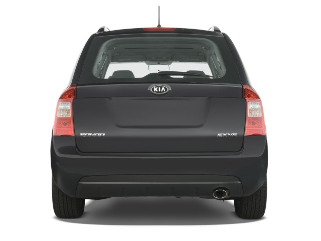 2009 kia rondo review ratings specs prices and photos autos post. Black Bedroom Furniture Sets. Home Design Ideas