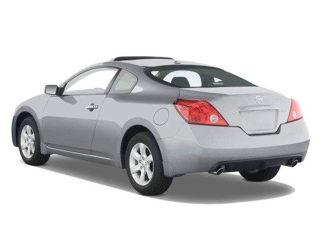 image 2008 nissan altima 2 door coupe i4 man s angular rear exterior view size 640 x 480. Black Bedroom Furniture Sets. Home Design Ideas