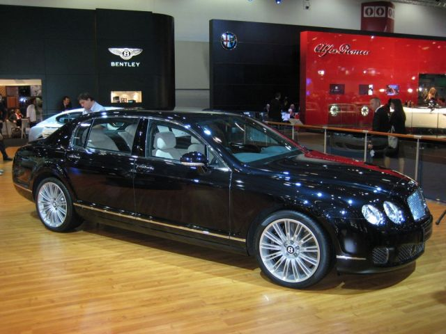 2009 Bentley Continental Flying Spur Speed. bone chip spur shoulder