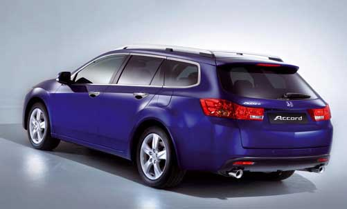 honda reveals 2009 accord euro tourer and sedan. Black Bedroom Furniture Sets. Home Design Ideas