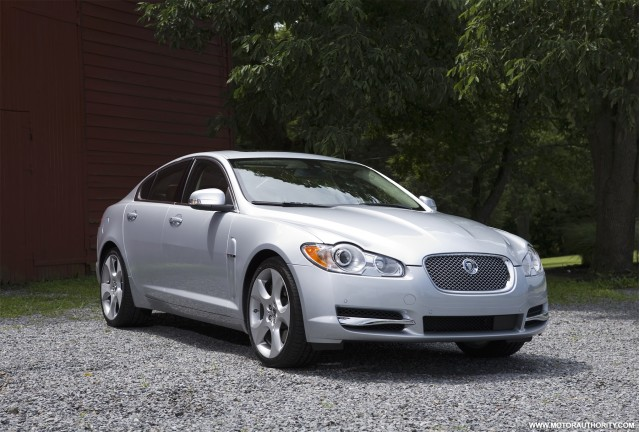review 2009 jaguar xf supercharged gallery 1 motorauthority. Black Bedroom Furniture Sets. Home Design Ideas
