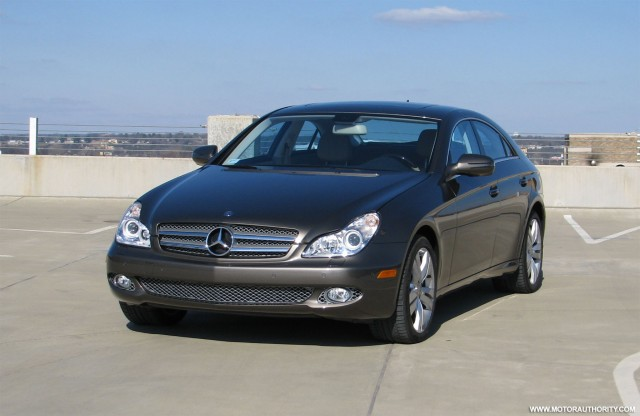review 2009 mercedes cls 550 gallery 2 motorauthority. Black Bedroom Furniture Sets. Home Design Ideas