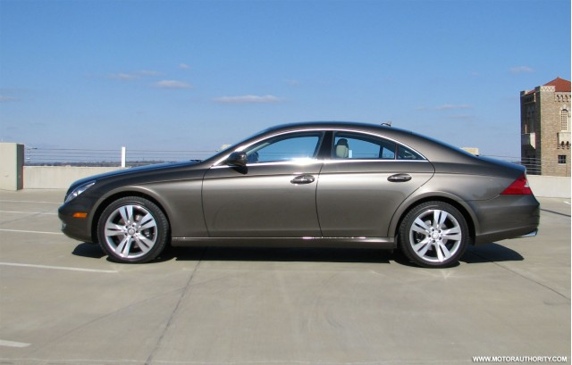 Review 2009 mercedes cls 550 gallery 2 motorauthority for Mercedes benz cls 2009