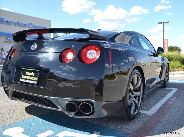 Update dealership says it will honor nissan gt r ebay for Honda dealership san marcos
