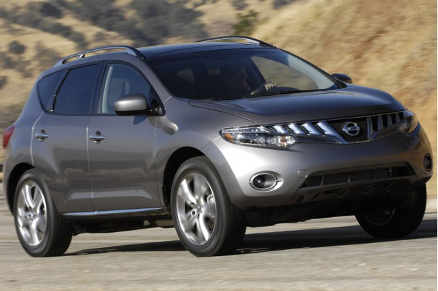 nissan murano voted safest midsize suv by iihs gallery 1 motorauthority. Black Bedroom Furniture Sets. Home Design Ideas