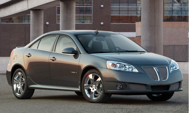 The G6 GXP was available in both sedan and coupe bodystyles