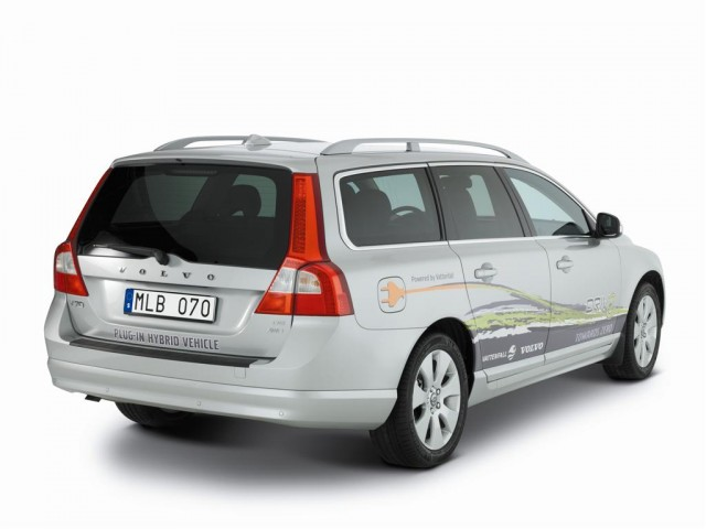 2009 Volvo V70 Plug-in Hybrid Demonstrator #8188652