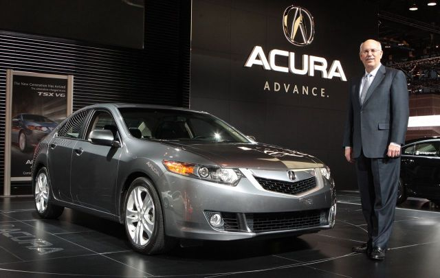 Jeff Conrad, Acura VP of sales, standing next to the 2010 Acura TSX V6 at the 2009 Chicago auto show #7229000