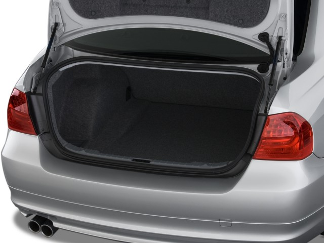 2010 BMW 3-Series 4-door Sedan 328i RWD Trunk #8507330