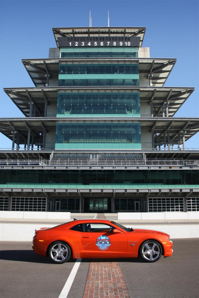 2010 Chevrolet Camaro SS Indianapolis 500 Pace Car #7326386