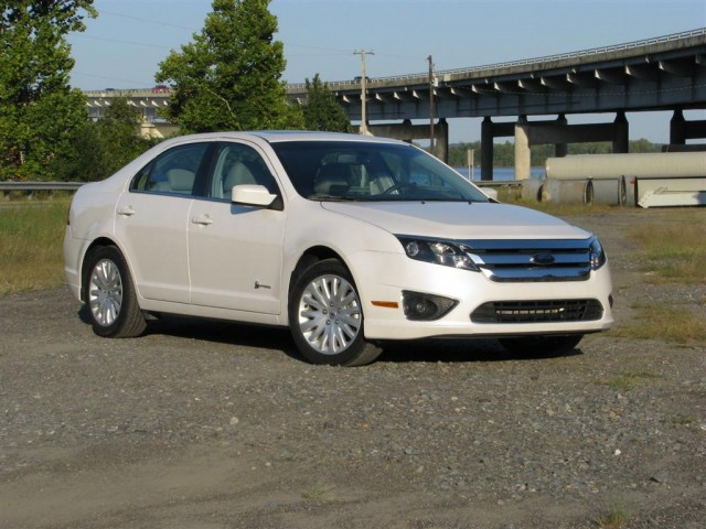 car and driver names ford fusion hybrid one of 10 best. Black Bedroom Furniture Sets. Home Design Ideas