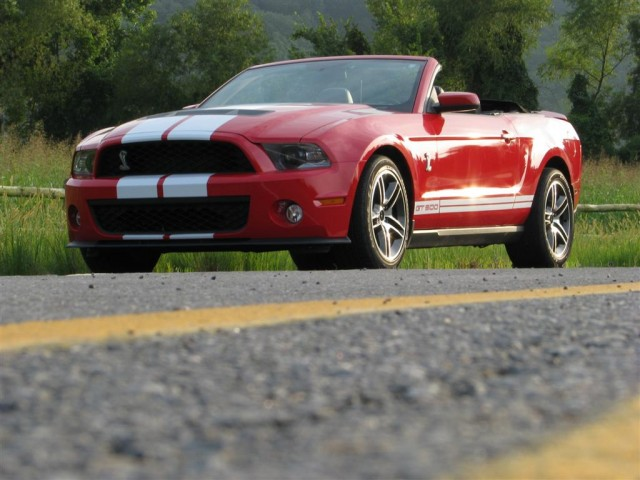 Review: 2010 Ford Mustang Shelby GT500 Convertible. One part sleek cruiser,