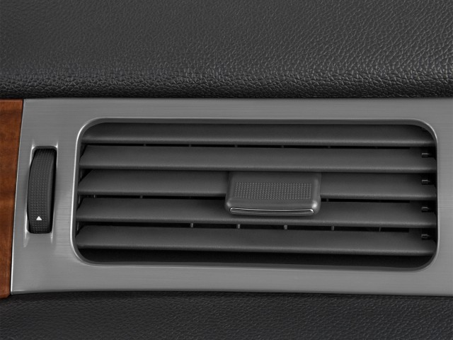 2010 GMC Yukon Hybrid 2WD 4-door Air Vents #7122339
