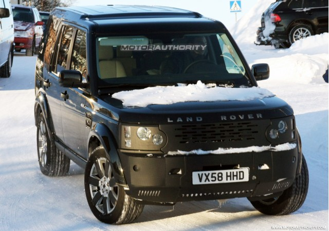 2018 land rover lr3. unique land spy shots land rover lr3 packing 50liter v8 gallery 1 for 2018 land rover lr3 e