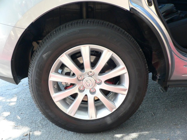 2010 Mazda CX-7 - base wheels are a similar style but don't fill wheelwells quite as well