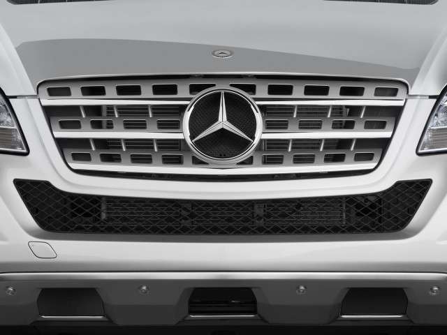 2010-mercedes-benz-m-class-awd-4-door-3-5l-grille_100249686_s.jpg