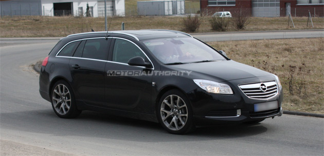 spy shots opel insignia sports tourer opc. Black Bedroom Furniture Sets. Home Design Ideas