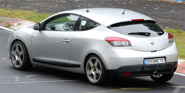 renault sport megane coupe could feature gti badge. Black Bedroom Furniture Sets. Home Design Ideas