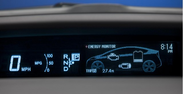 30 days of the 2010 toyota prius day 10 controls and gauges