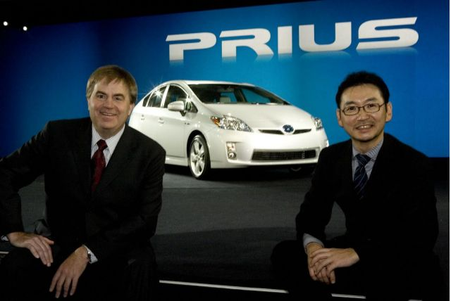 2010 Toyota Prius with chief engineer Akihiko Otsuka, at right