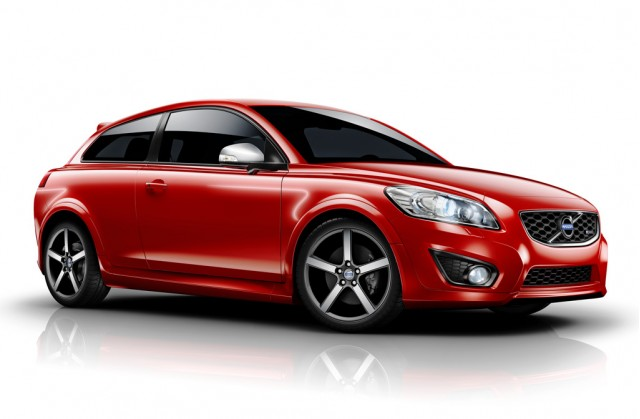 Sporty R Design C30 Joins 2010 Volvo Lineup