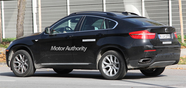 The X6 ActiveHybrid will likely feature the same V8 two-mode system previewed in the 7-series hybrid concept