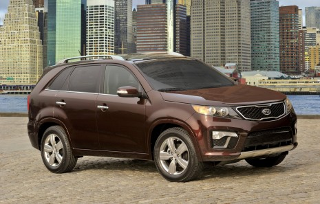 http://images.thecarconnection.com/med/2011-kia-sorento-sx_100349288_m.jpg