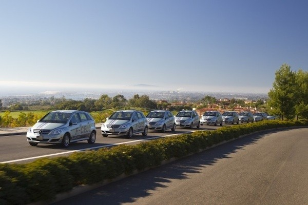 2011 Mercedes-Benz B-Class F-Cell hydrogen fuel-cell vehicles in California #7548392